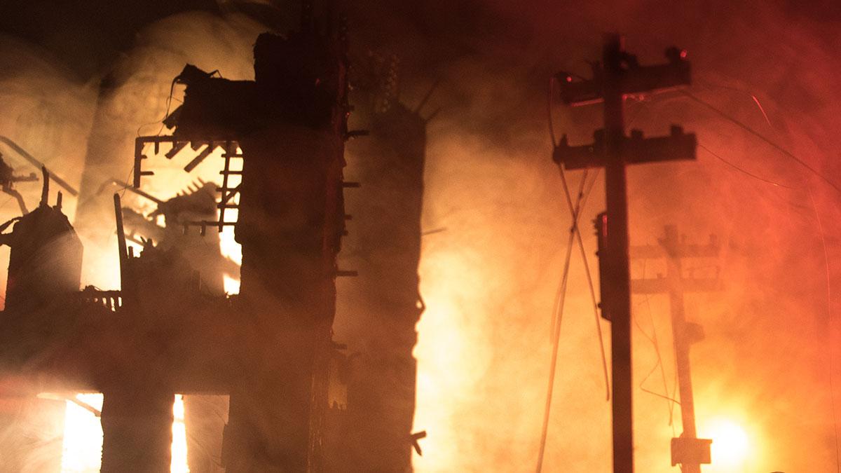 взрыв пожар разрушенное здание