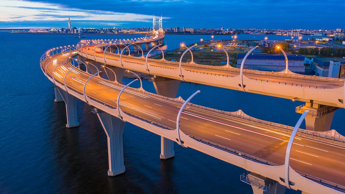 скоростное шоссе в Санкт-Петербурге