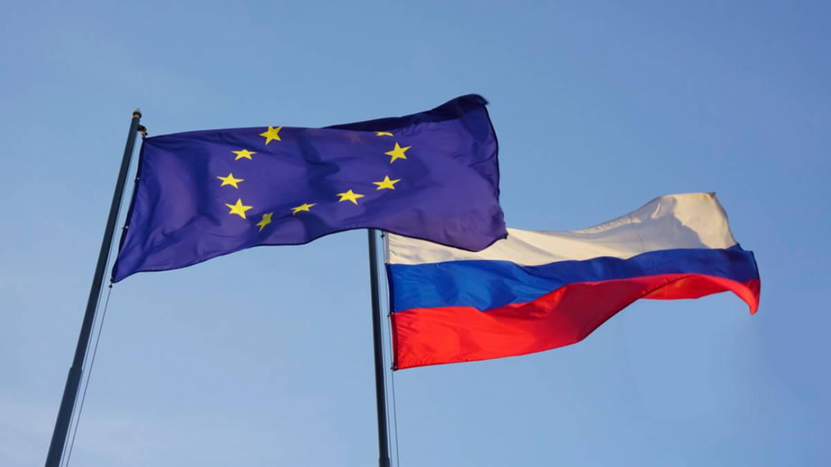 Флаги Евросоюз Россия