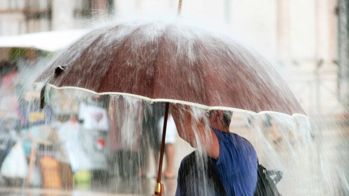 сильный дождь ливень