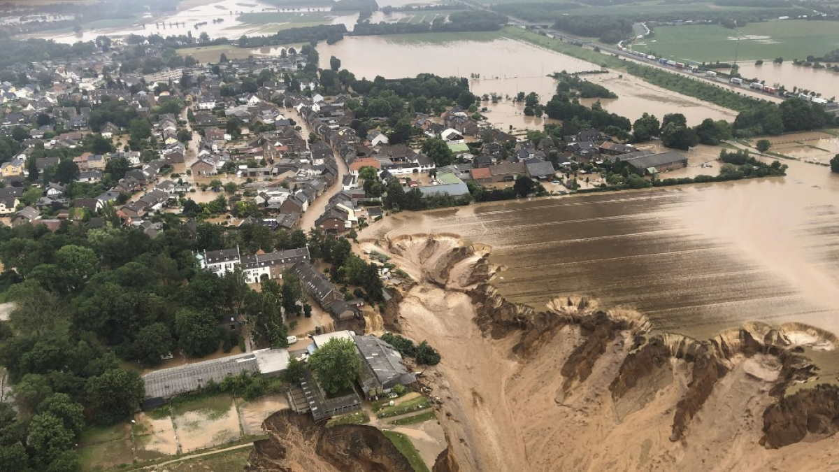 Германия наводнение