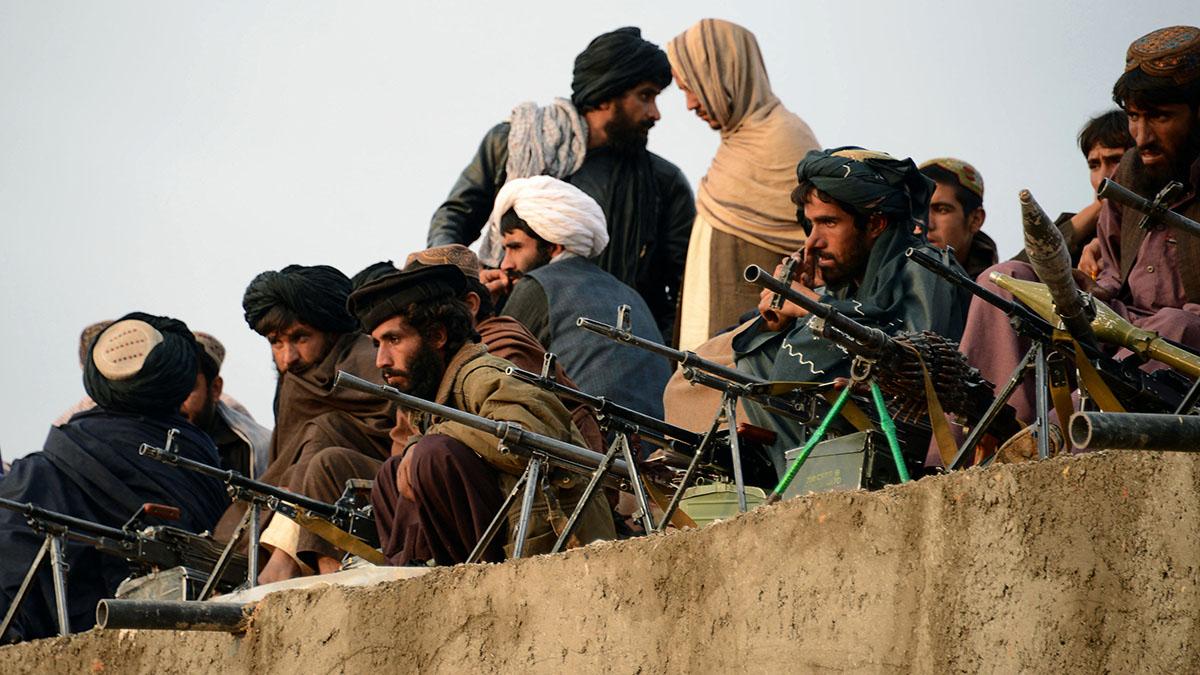 Кровавую гражданскую войну в Афганистане после ухода США спрогнозировал экс-глава ЦРУ