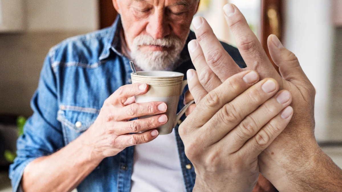 Артрит боль в руке напиток