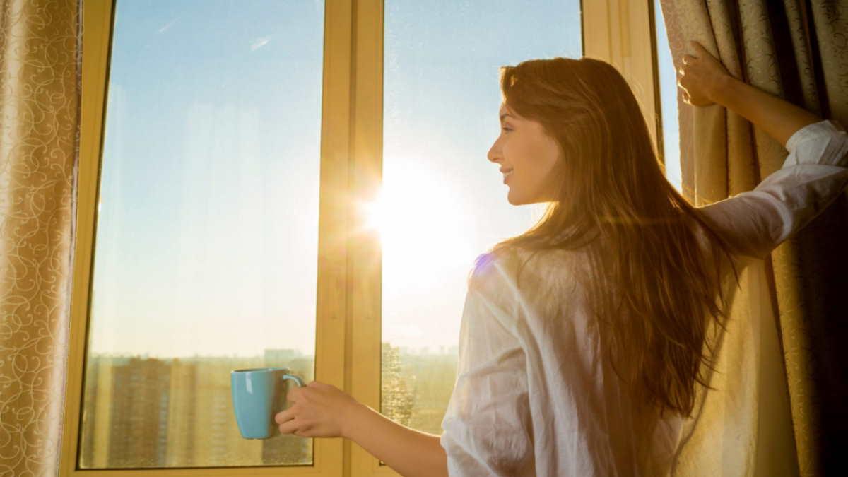 Чашка кофе девушка