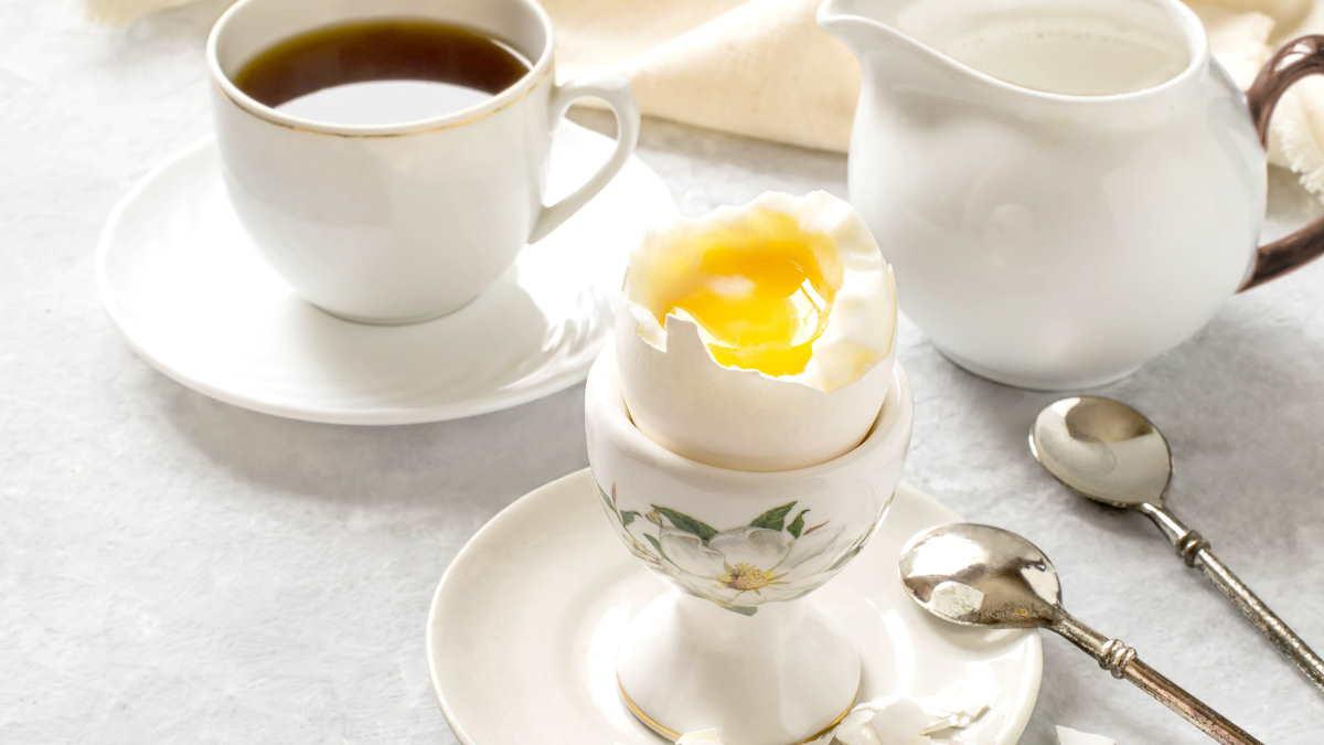 завтрак кофе сливки яйцо
