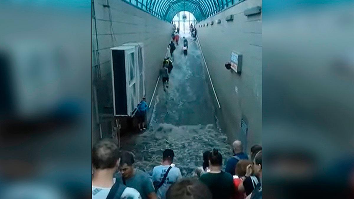Киев потоп ливень метро дождь