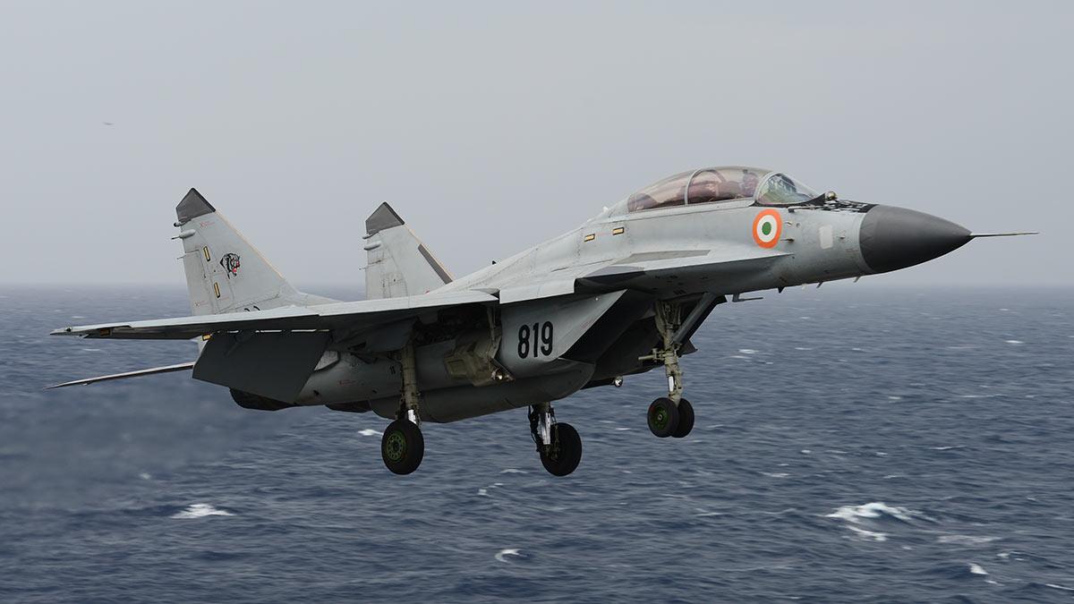 Палубный истребитель миг-29к Индия