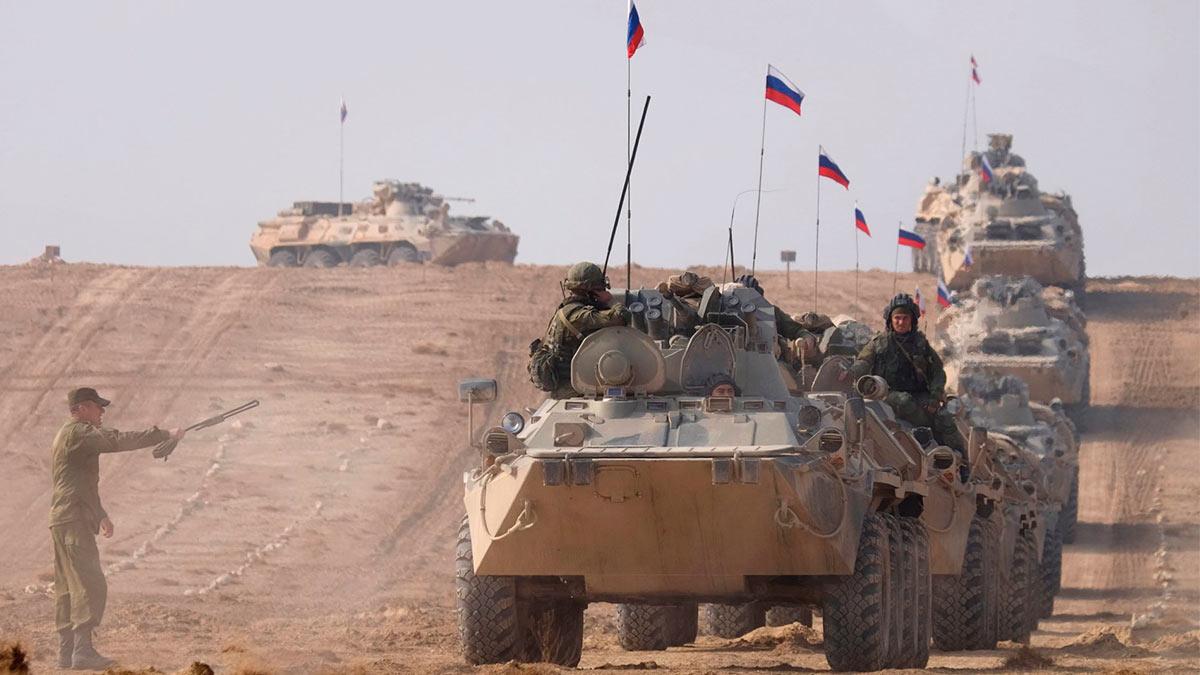 Русский флаг танки