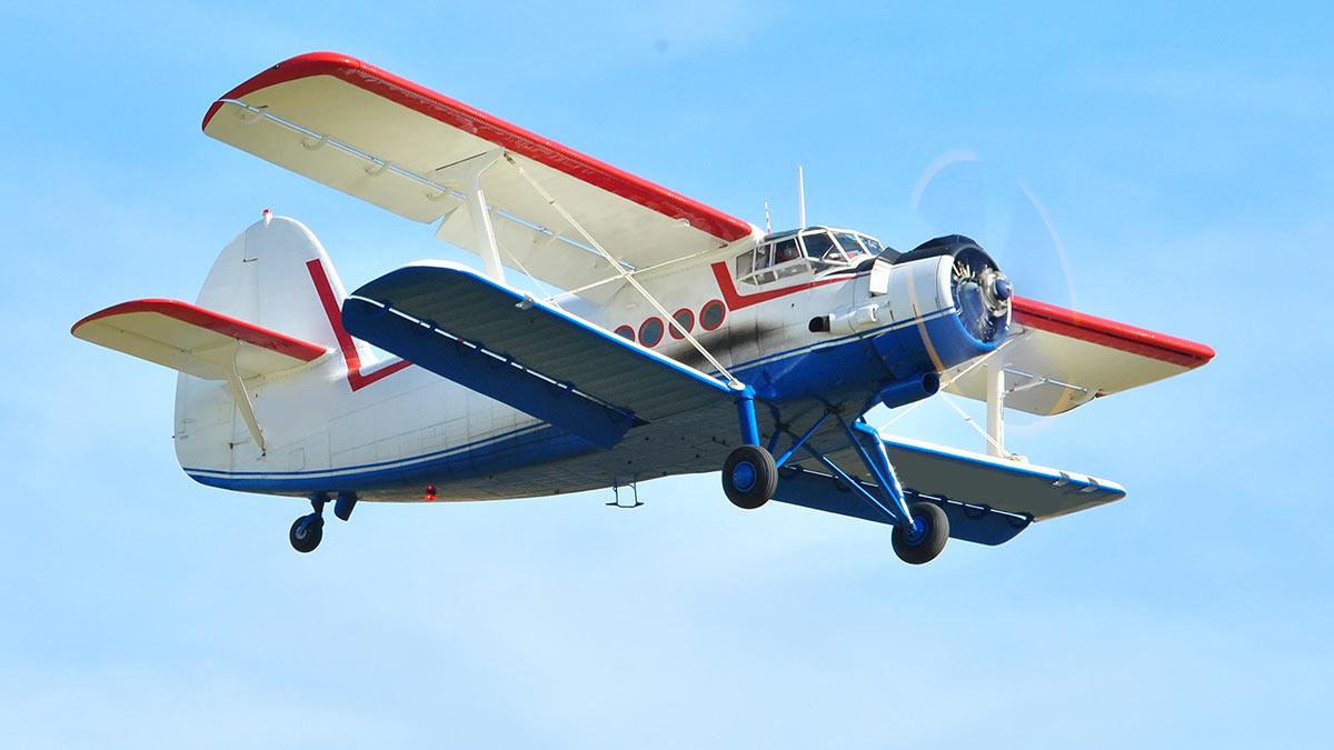 Военный самолет ан2
