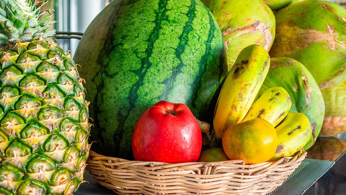 арбуз ананас яблоко банан
