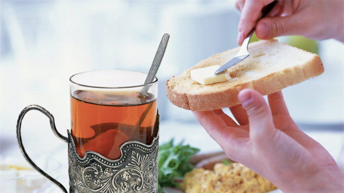 чай каша бутерброд завтрак