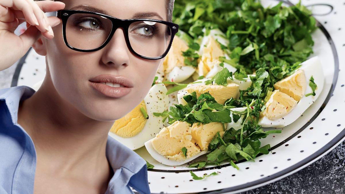 яйца и зелень для здоровья глаз