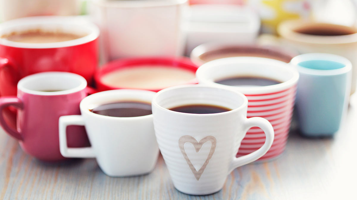 разные чашки для кофе