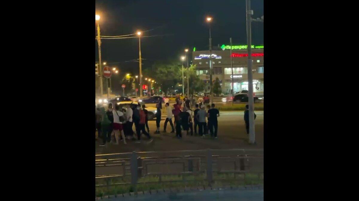 Драка мигрантов в Москве