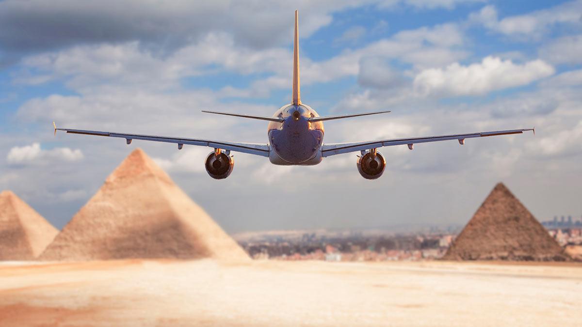 самолет Египет пирамиды
