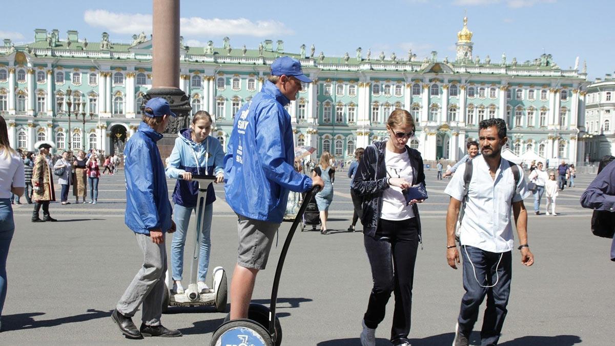 туристы Санкт-Петербург