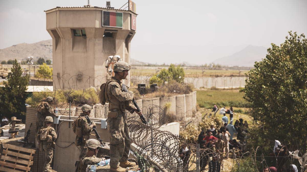 Солдаты США в аэропорту Кабула
