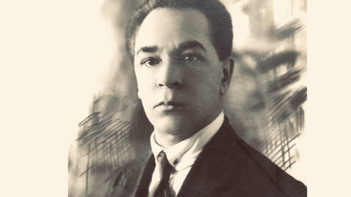 Микробиолог Михаил Тушнов
