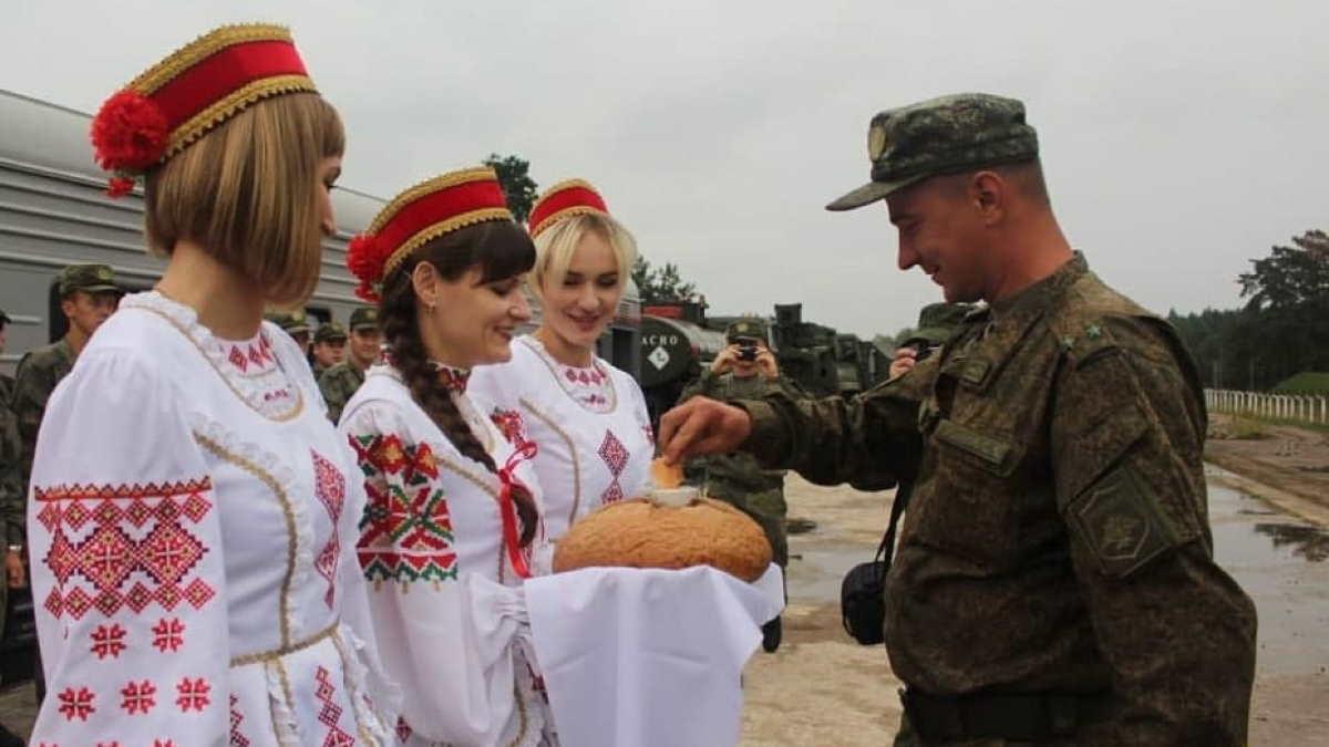 Российские зенитчики прибыли в Белоруссию