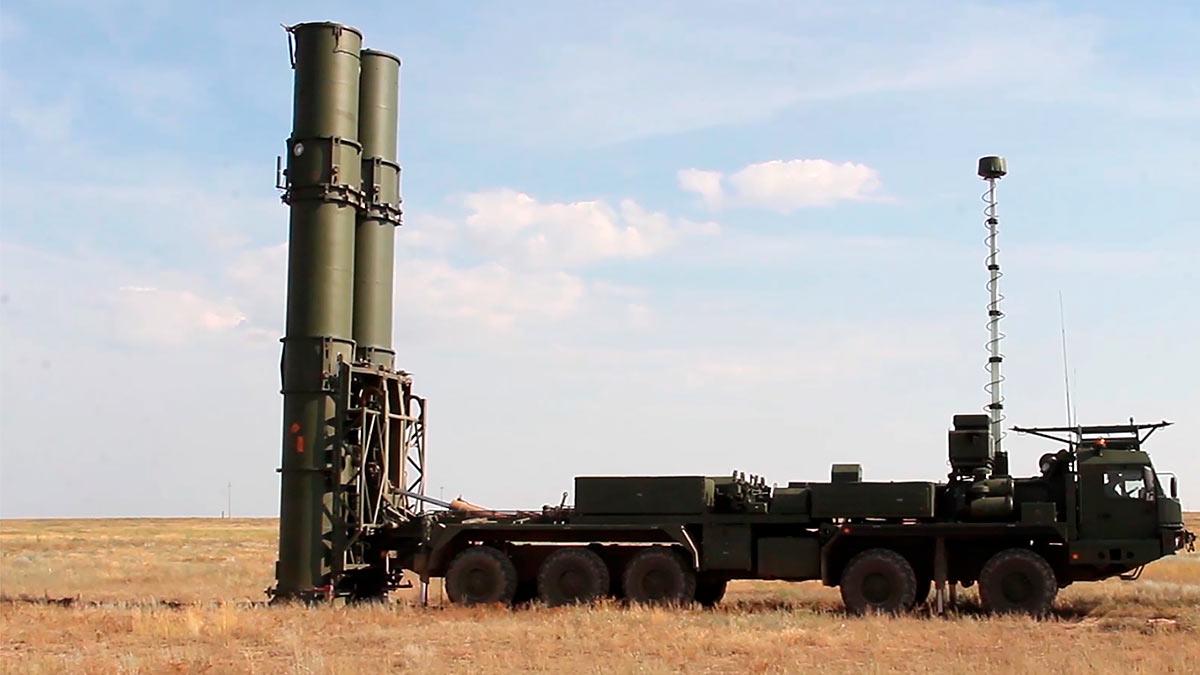 Испытания зенитной ракетной системы С-500 в Астраханской области