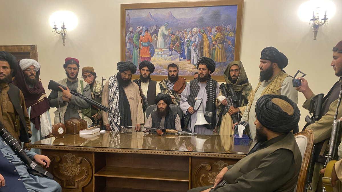 боевики президентский дворец в Кабуле