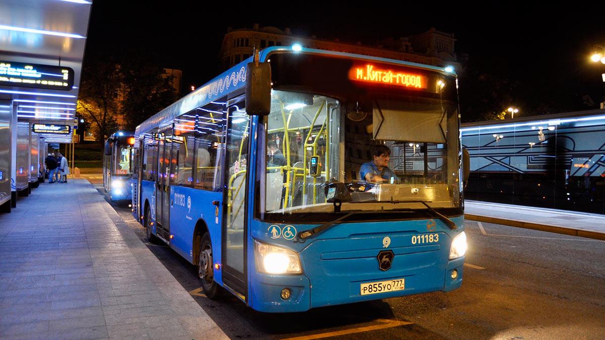 автобус ночь