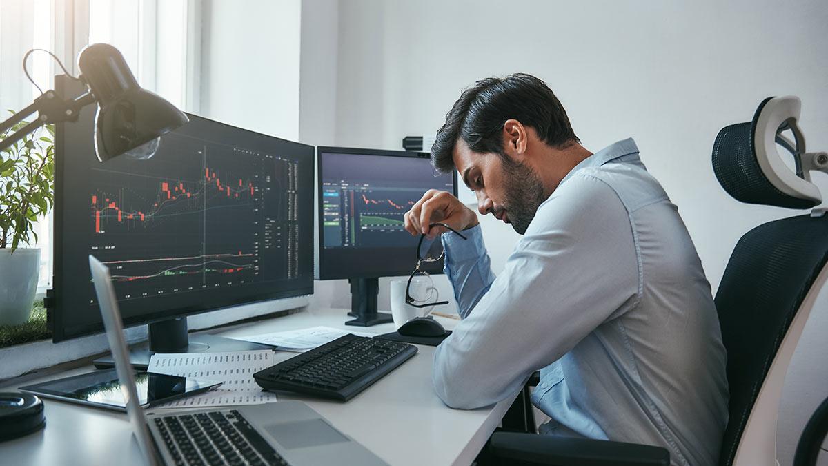 акции графики очки мониторы клавиатура
