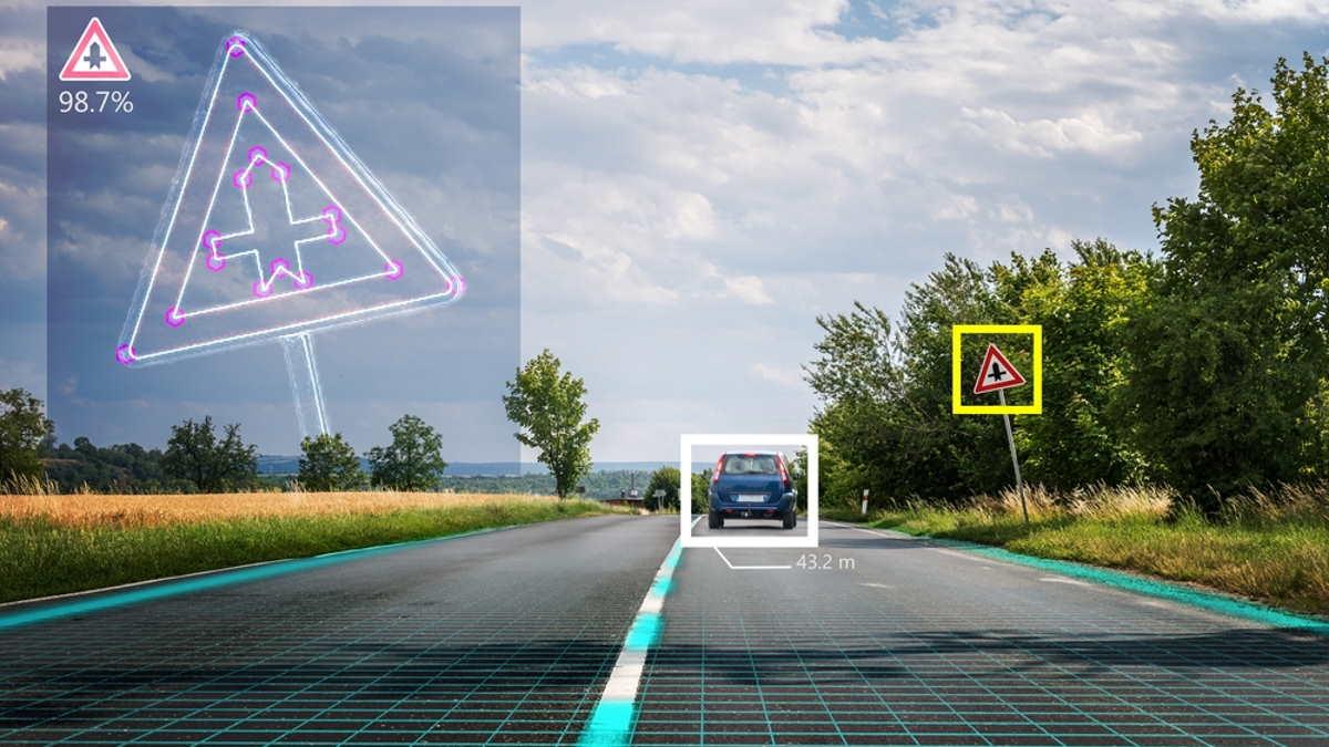Система считывания дорожных знаков