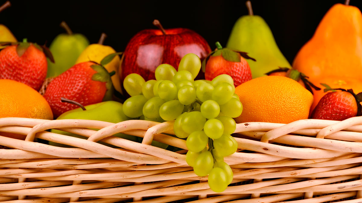 виноград клубника яблоко