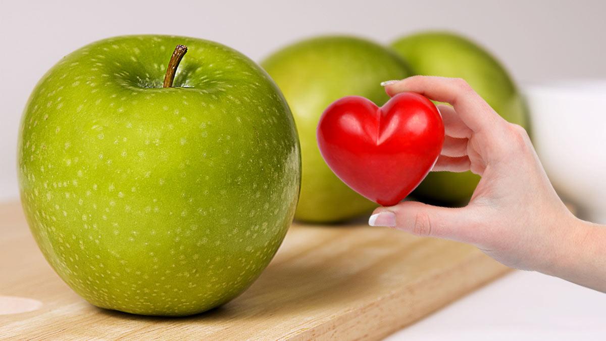 яблоки рука сердце