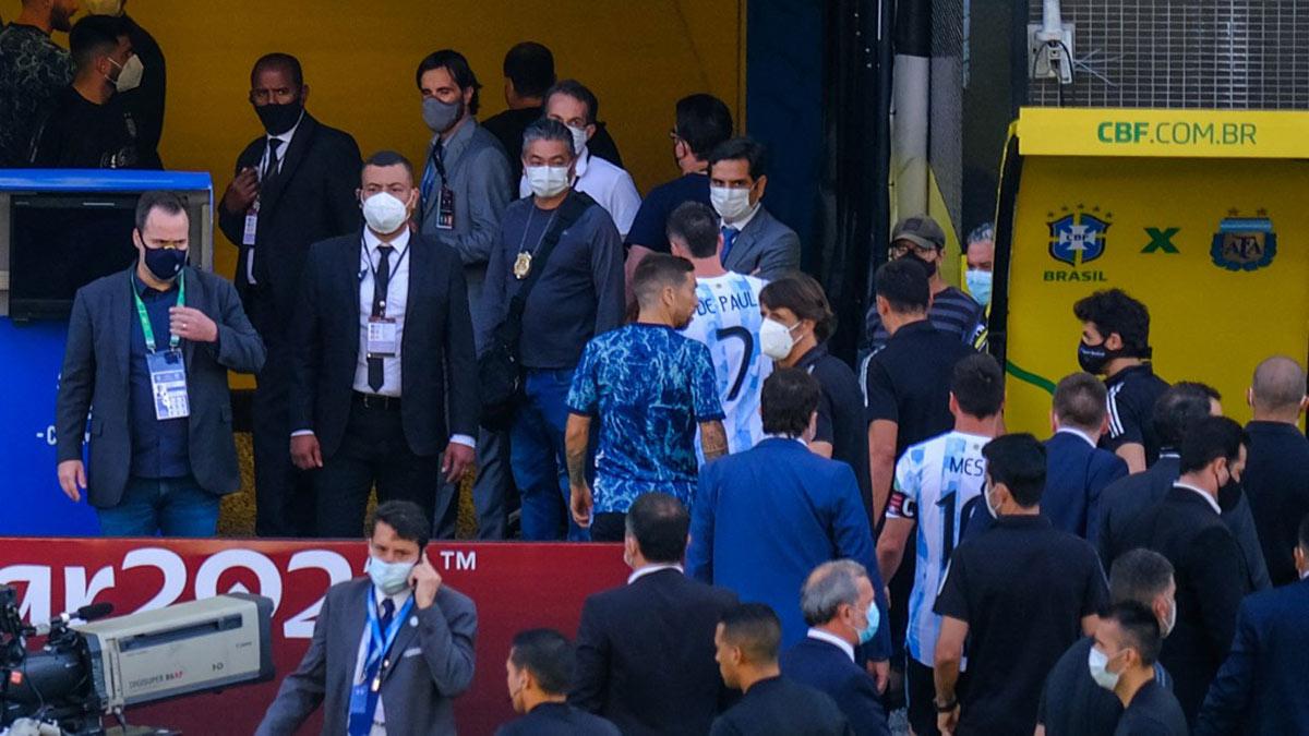 Сборная Аргентины по футболу покинула поле