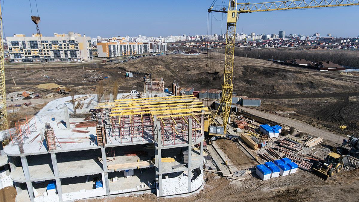 Строительство школы в новом жилом районе