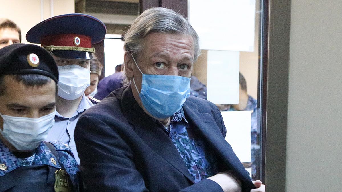 актер суд Михаил Ефремов