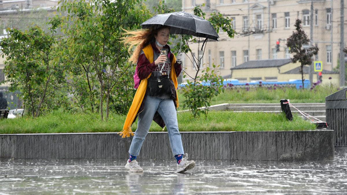 Москвичей предупредили о ливне