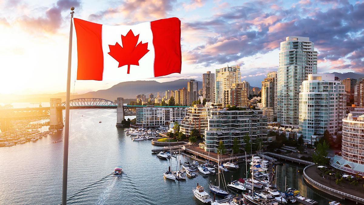 Канада город флаг