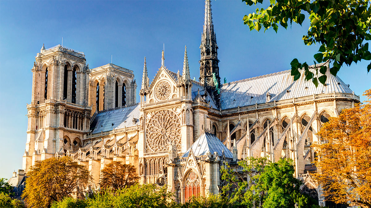 В Париже завершили работы по укреплению сгоревшего собора Нотр-Дам