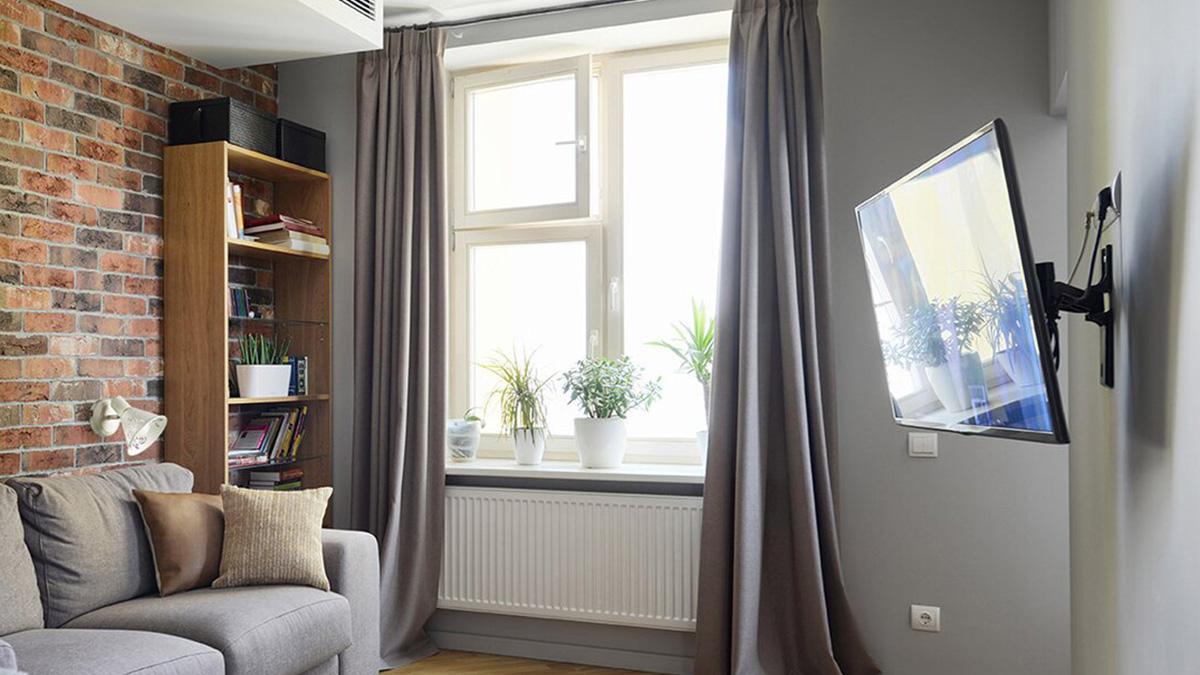 Плотные шторы в квартире.