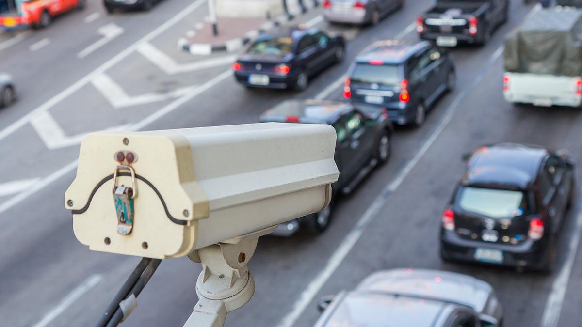 ГИБДД перестала штрафовать водителей за превышение средней скорости