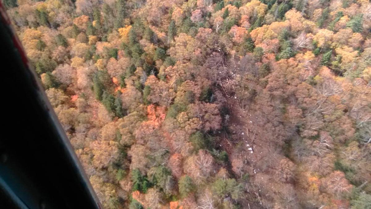 обнаружены обломки предположительно самолета Ан-26 в районе горы Хребтовая