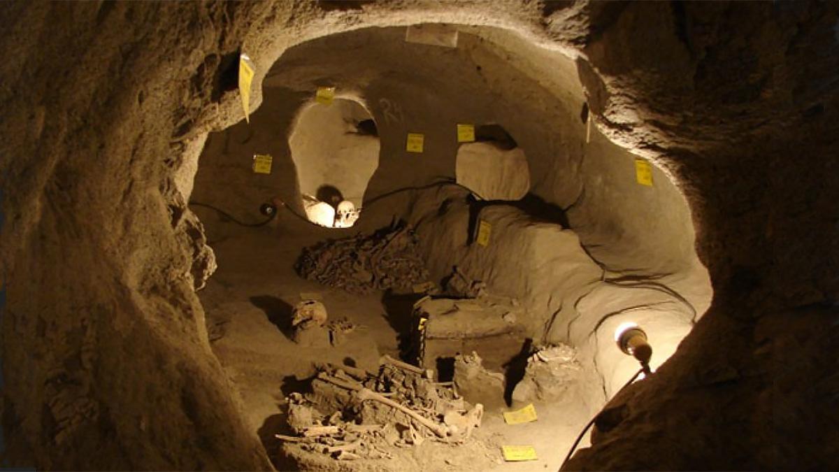 Подземный город в Иране