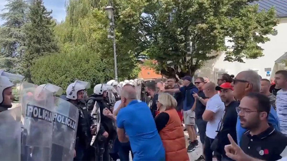 протесты полиция