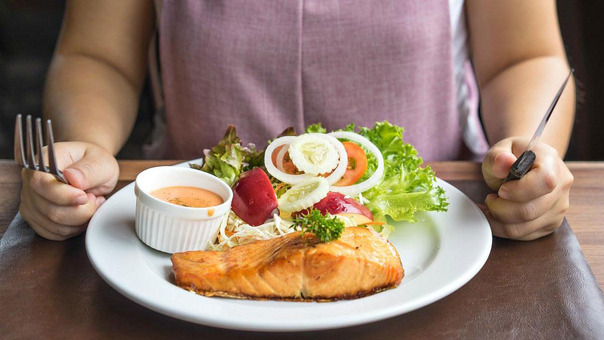 Полезная пища - стейк из лосося