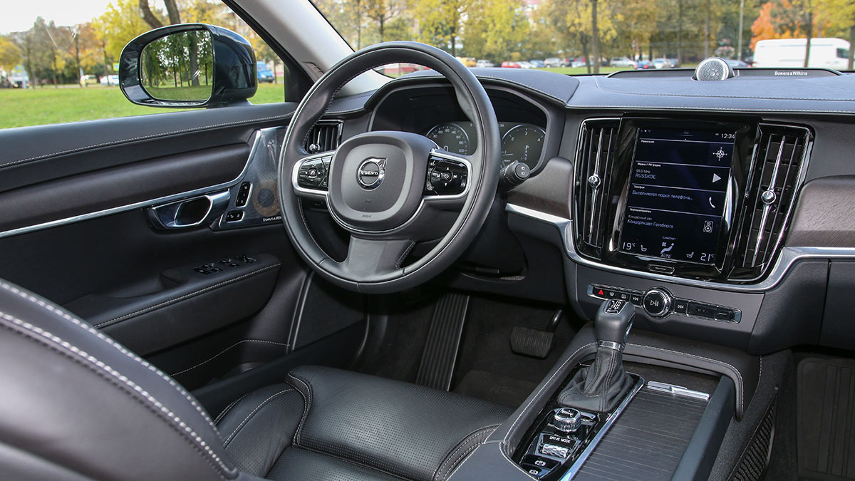 Салон автомобиля Volvo