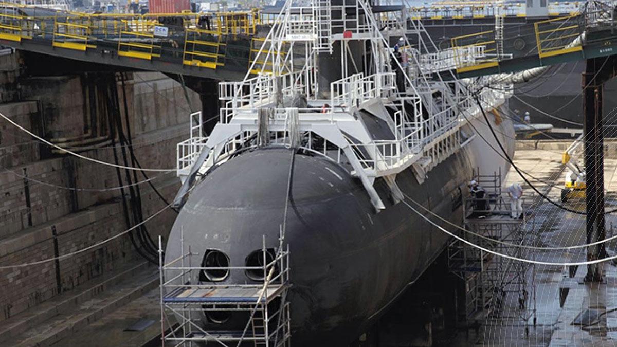 Строительство французской подводной лодки