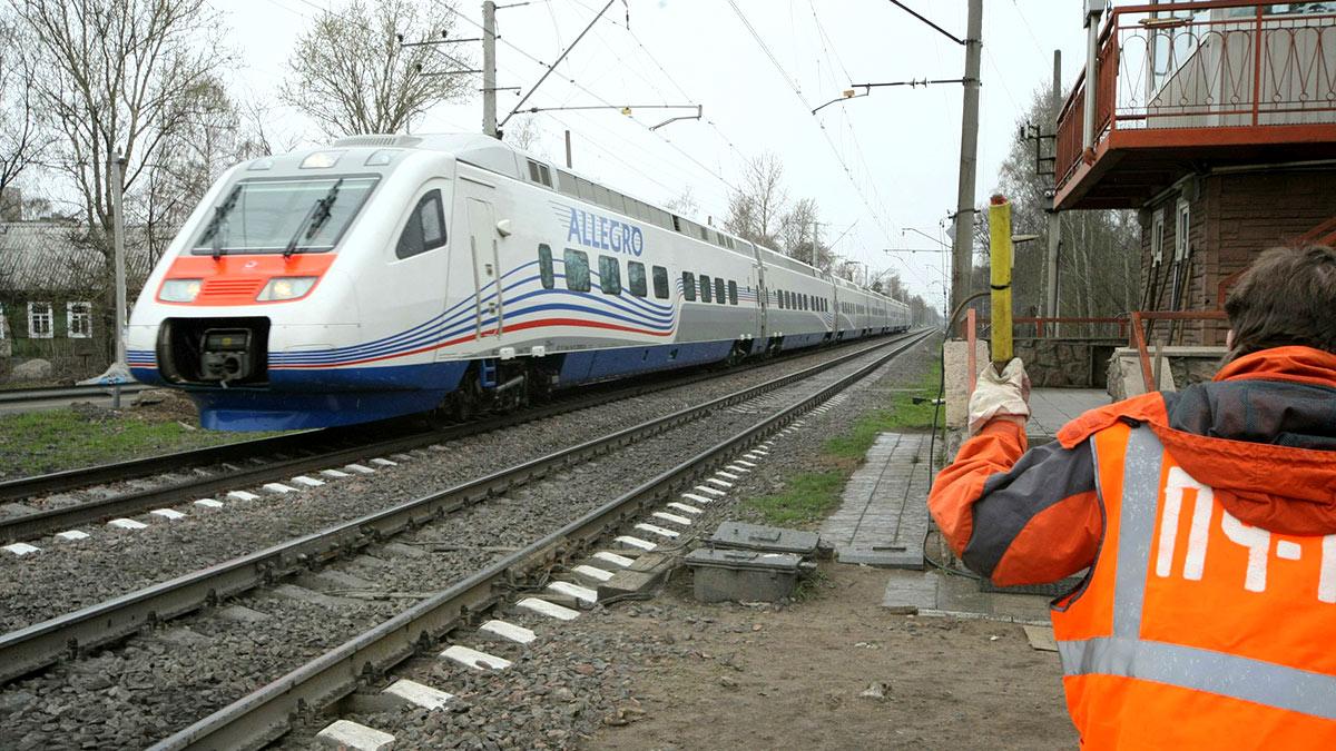 Скоростной поезд между Петербургом и Хельсинки
