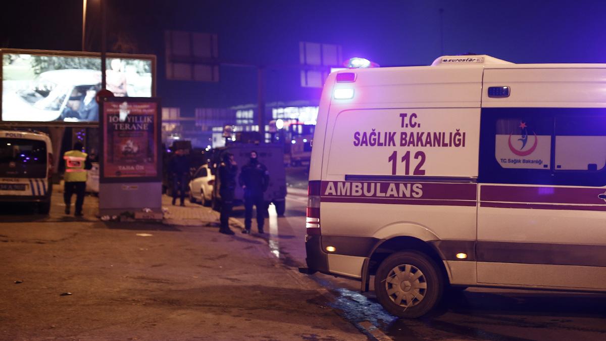 Массовая драка россиян и британцев в отеле Турции