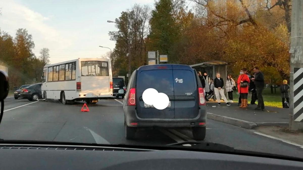 На КАД пробка 8 км, на Красносельском шоссе коллапс