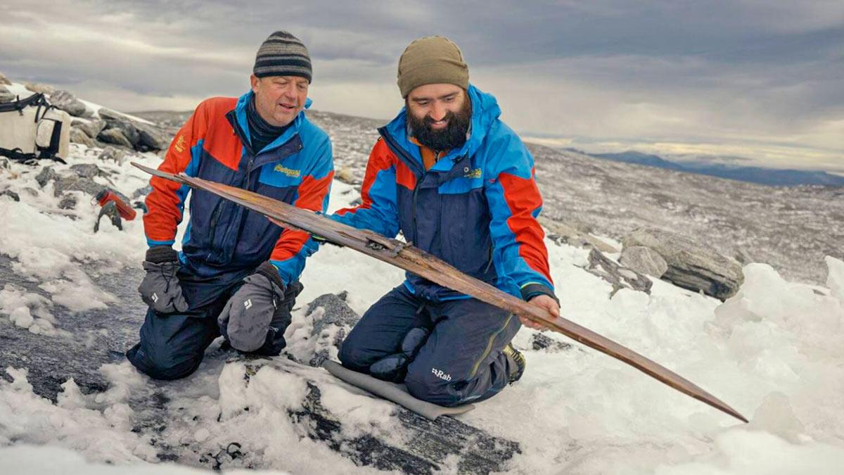 Во льдах Норвегии обнаружили самые древние лыжи