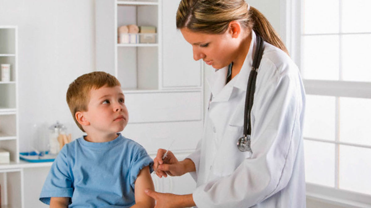 Аргентина начнет прививать от COVID-19 детей от трех до 11 лет