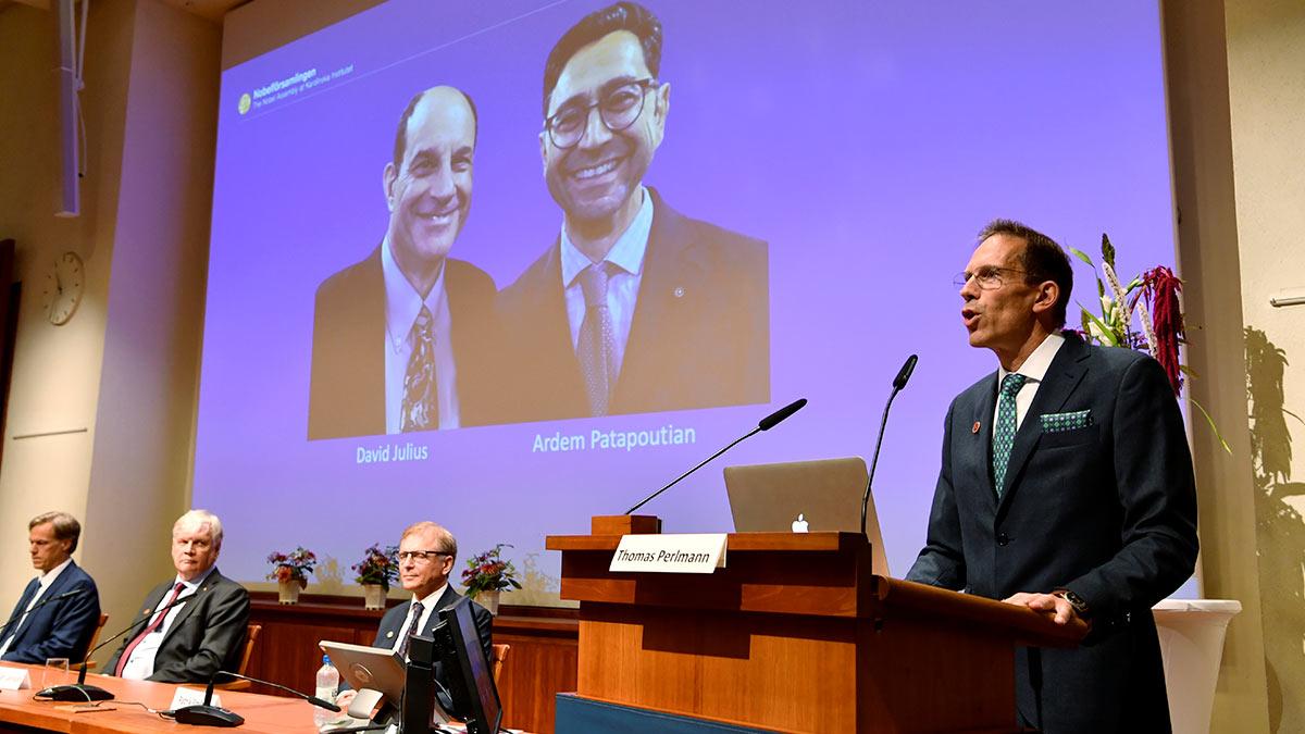 секретарь Нобелевской ассамблеи и Нобелевского комитета объявляет лауреатов Нобелевской премии 2021 года